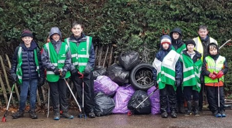 Scouts clean up woodland walk